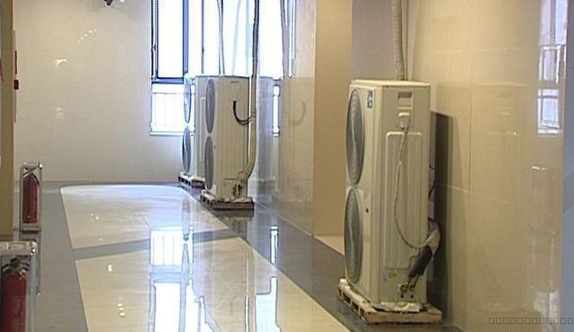 空调安装结束后 怎么用制冷剂来排空